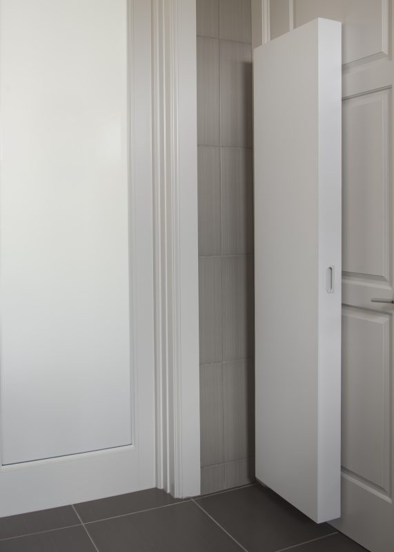 Cabidor Unit, Closed, mounted on door.